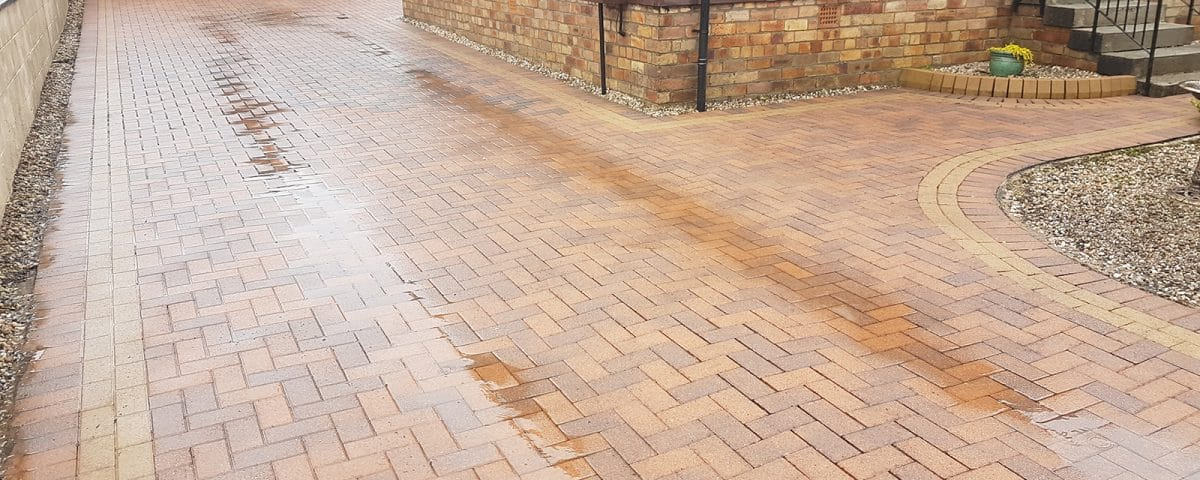 Why Use a Driveway Cleaner in Dunfermline